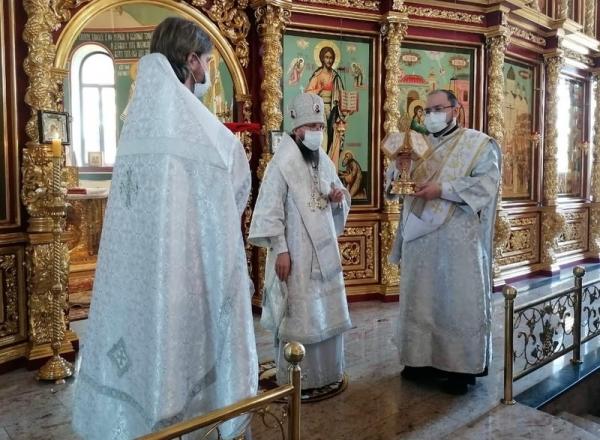 В праздник Вознесения Господня епископ Игнатий совершил Литургию в кафедральном соборе города Череповца