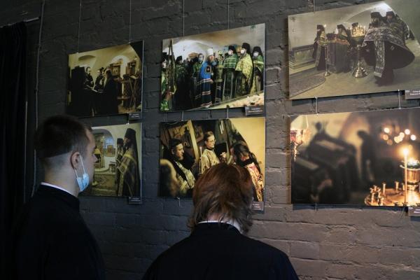 Представители Вологодской семинарии приняли участие в открытии фотовыставки по случаю 650-летия Спасо-Прилуцкого монастыря