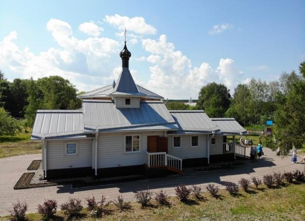 В день прославления праведного Иоанна Кронштадтского митрополит Савва совершил Литургию в Иоанно-Кронштадтском храме Сокола
