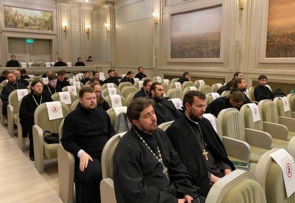 Учебный комитет Русской Православной Церкви организовал обучающие семинары по актуальным вопросам воспитательного процесса в духовных школах